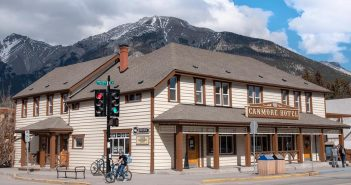 Find out the Best Shopping & Entertainment in Canmore