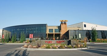 Find out the Best Shopping & Entertainment in Leduc