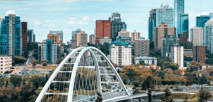 Find out the Best Shopping & Entertainment in Edmonton