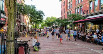 Find out the Best Shopping & Entertainment in Burlington