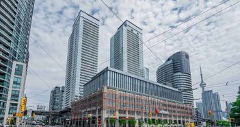 Find out Average Prices of Condos in the Harbourfront, Toronto